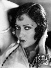 gloria-swanson-1928